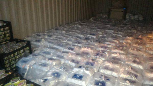 کمک رسانی بانک صادرات خوزستان به مردم سیل زده