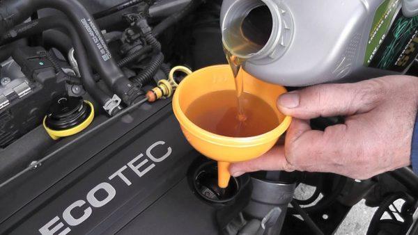 افزایش ۷۰ درصدی قیمت روغن موتور به بهانه صادرات