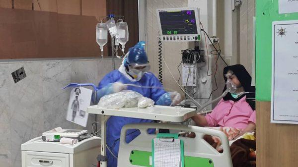 ۵۰ درصد کادر درمانی گیلان مبتلا به کرونا هستند