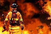 مهار آتش سوزی در پارک حجاب اهواز