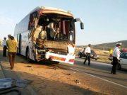 تصادف مرگبار اتوبوس با تریلر در جاده اهواز – آبادان