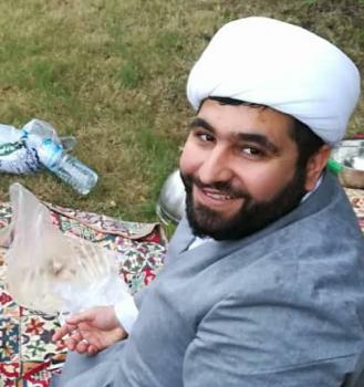 شیخ حسین، جوانی که تفسیر آیهی لبخند بود